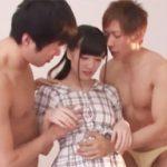 【高橋しょう子】元グラビアアイドル美女がイケメンのAV男優たちに「もっと気持ちよくなってみたい・・・!」と言って、3Pセックスしちゃう!