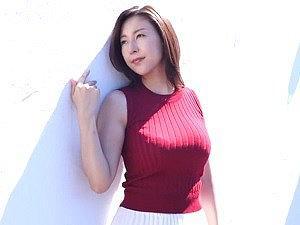 【松下紗栄子】スレンダーで90センチGカップの美爆乳と圧倒的に美しき肌、完成されたパーフェクトウーマン
