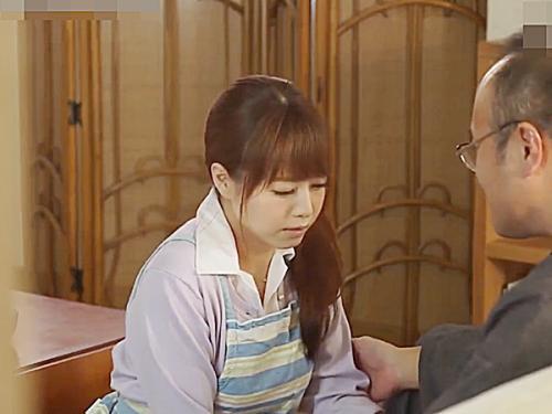 【吉沢明歩】超絶美人な人妻が、義父の性奴隷となって、声我慢しながら近親相姦パコ!
