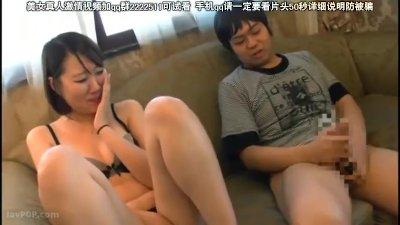 【外国人/コリアン】韓国人お姉さんを口説き落としてセンズリ鑑賞で巨根を見せ付けて、発情からの即ハメパコ!